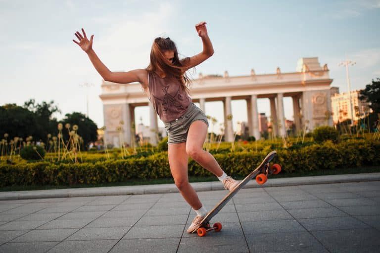 Carving and Dancing on a Longboard