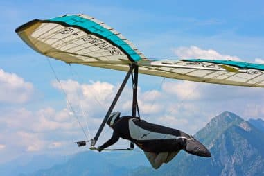How Do You Fly a Hang Glider