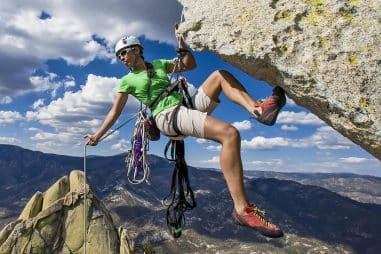 How Do You Rappel Safely